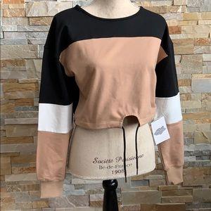 Bea Trice crop top sweater